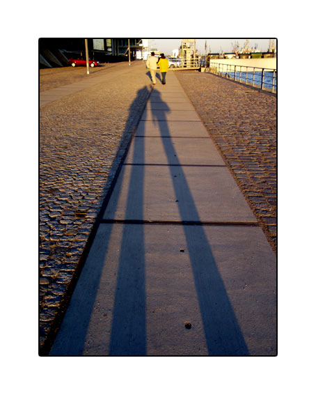 shadow04.jpg